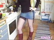 Jouer avec les fesses sexy de petite amie
