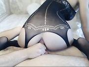 Sexe dans le cul avec petite amie